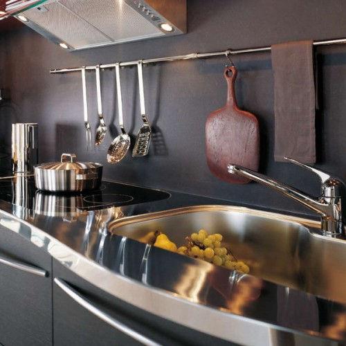 kitchen-rails-storage-ideas-1-500x500
