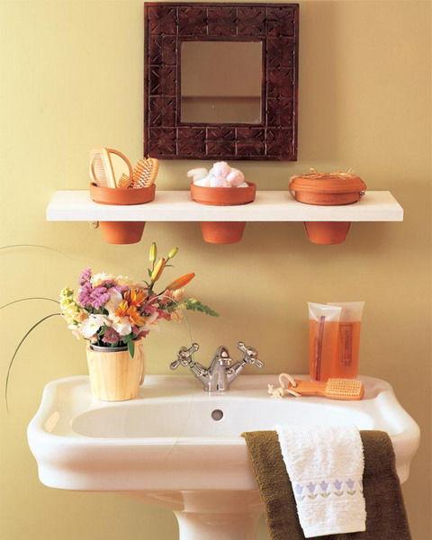 storage-ideas-in-small-bathroom