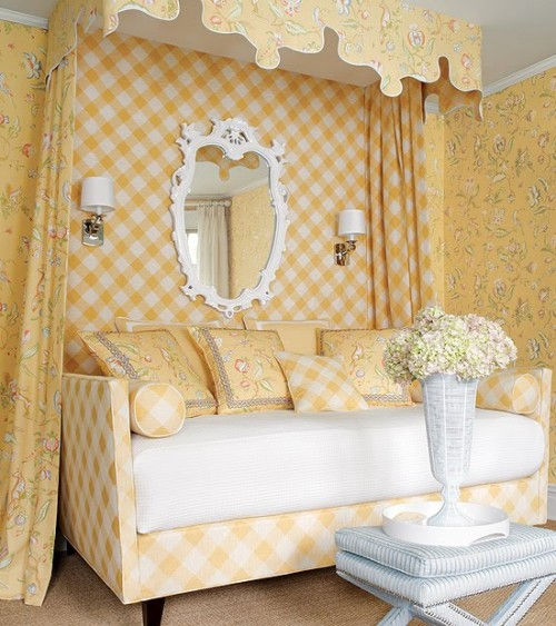 bedrooms-with-beds-with-baldachins