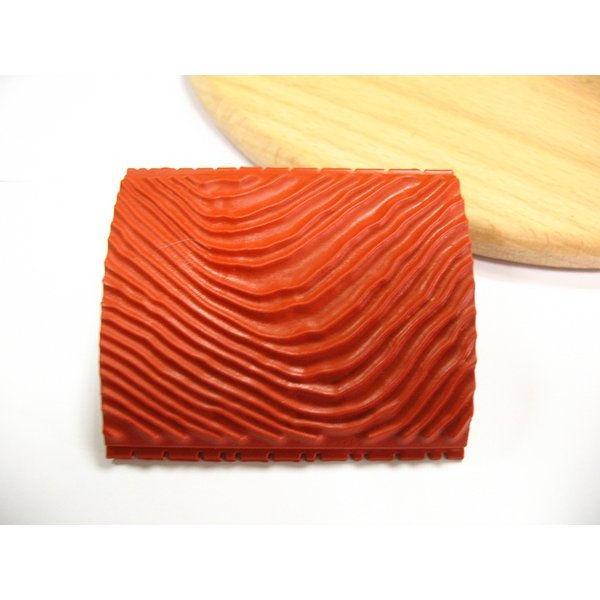 -teksturnyj-shtamp-dlya-polimernoj-gliny-to-do-