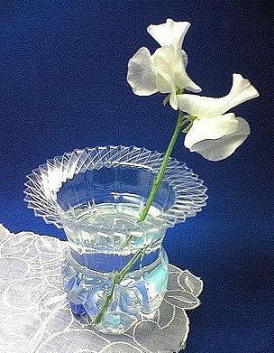Красивая ваза из пластиковой бутылки 54994