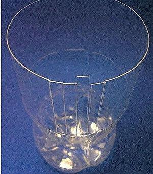 Красивая ваза из пластиковой бутылки 96047