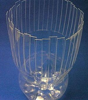 Красивая ваза из пластиковой бутылки 79887