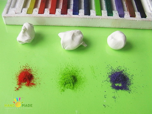 окрашивание флористической глины пастелью