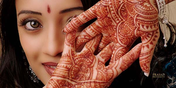 Indian-Beautiful-Mehndi-Designs-2012-for-Brides-1