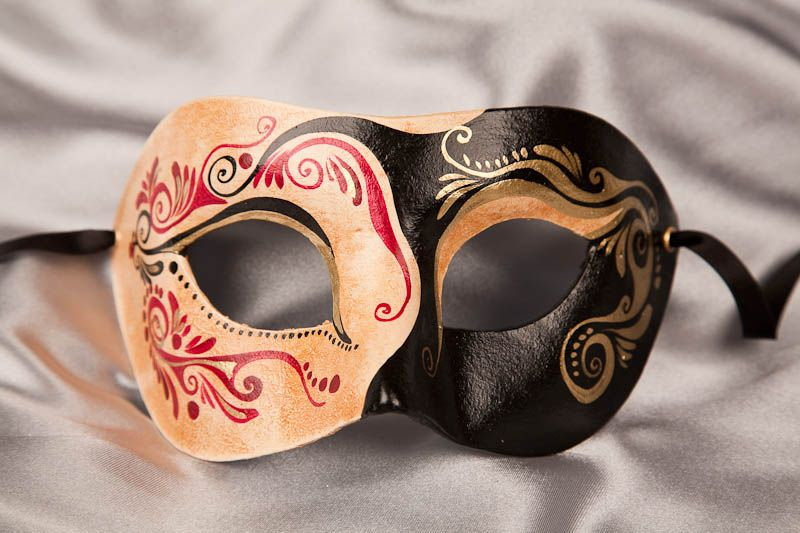 black-masquerade-mask-cipa3