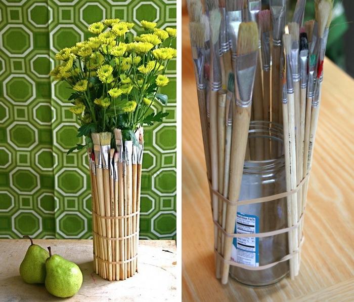 paintbrush-vase