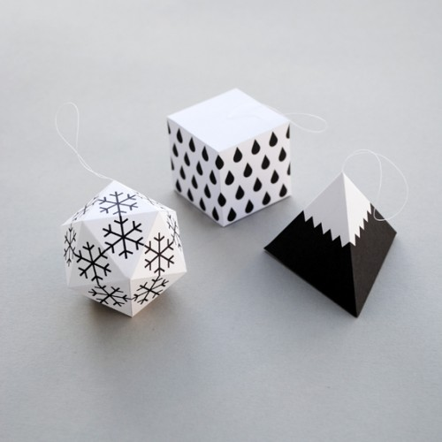 wonderful-paper-and-cardboard-christmas-decorations-500x500