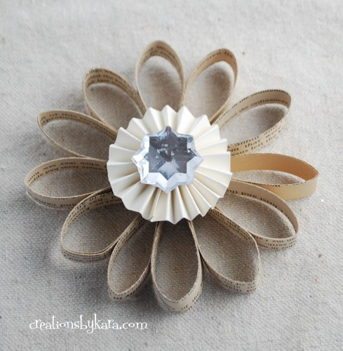 wonderful-paper-and-cardboard-christmas-decorations19