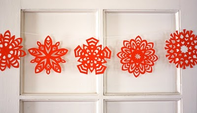 wonderful-paper-and-cardboard-christmas-decorations21