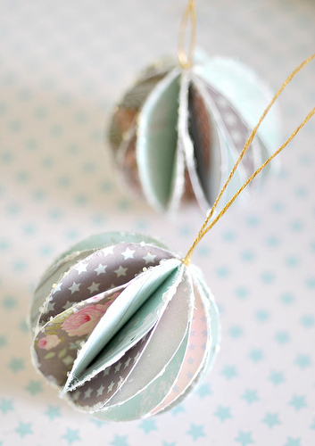wonderful-paper-and-cardboard-christmas-decorations8