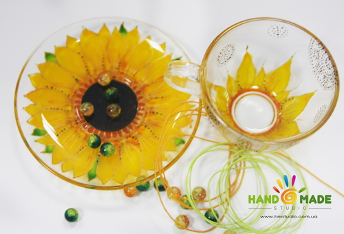 Мастер-класс по росписи стеклянной чашки