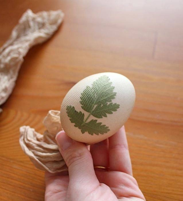 покраска пасхальных яиц5