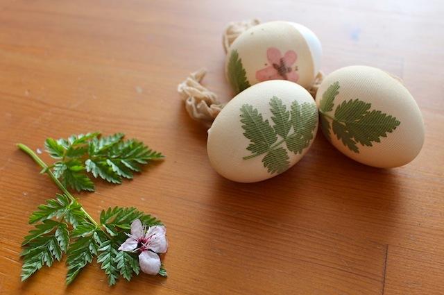покраска пасхальных яиц6