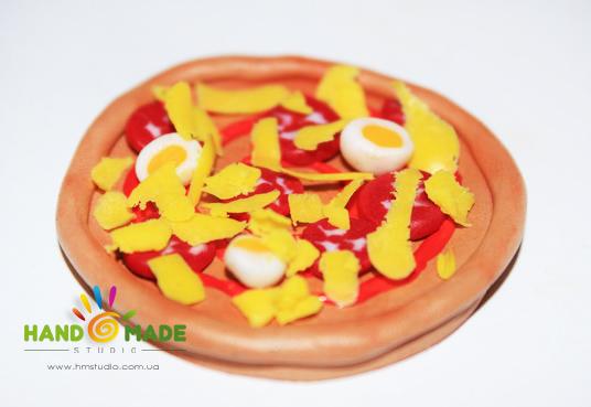 Итальянская пицца из полимерной глины
