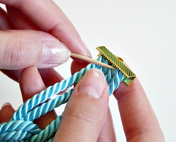 cordbracelet11