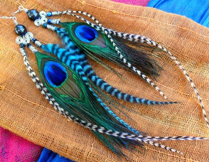 zebra_feather_earrings_by_hide_your_feathers-d2xxegt
