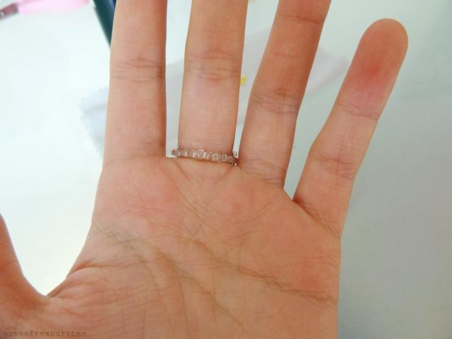 кольцо из проволоки и бисера15