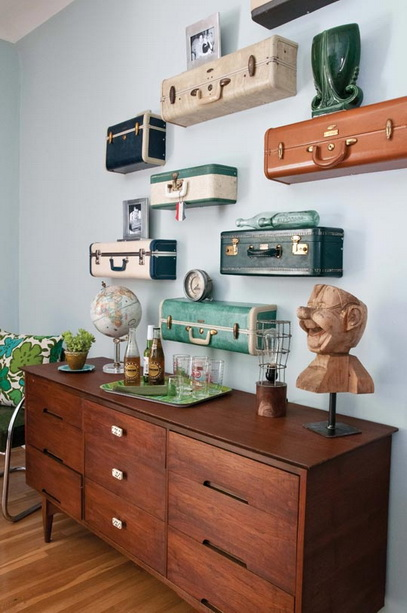 Ki_apartment_suitcase