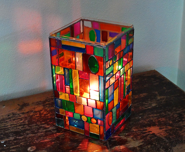 faux-stain-glass-luminary2