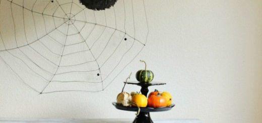 diy-fringe-spider-lanterns