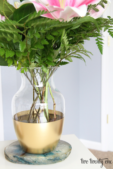 gold-striped-vase9