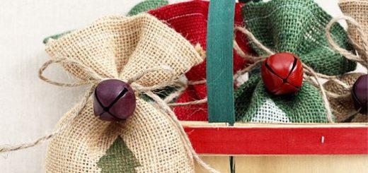 DIY-Christmas-Burlap-Gift-Bags