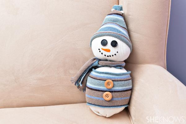 sweater-snowman