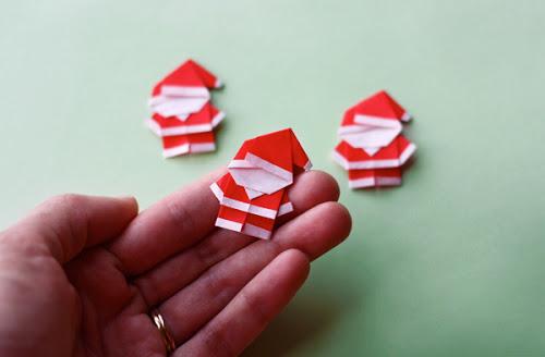 tiny-origami-santa
