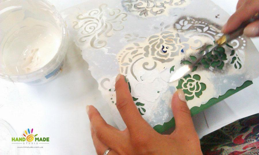 Шкатулка со структурными пастами и патинированием в Ретро стиле