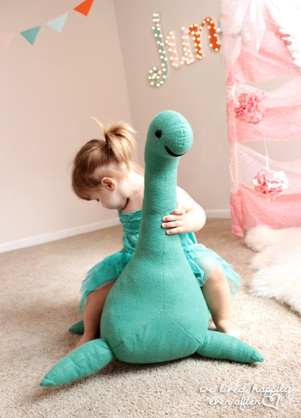 Как сшить динозавра своими руками игрушку 4