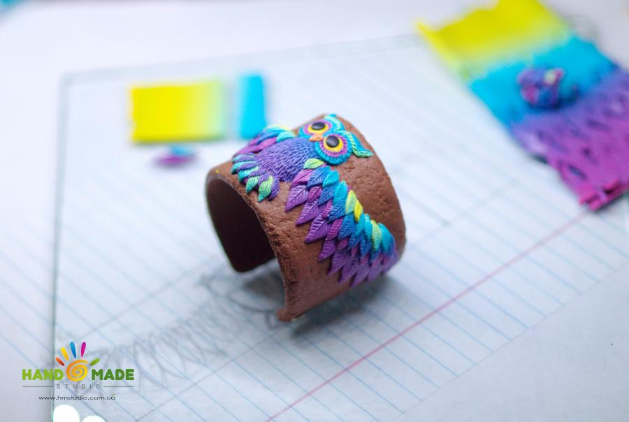 Создание браслета с совой из полимерной глины