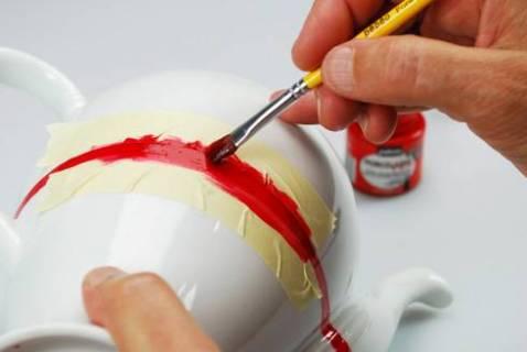 Роспись чайного сервиза из фарфора